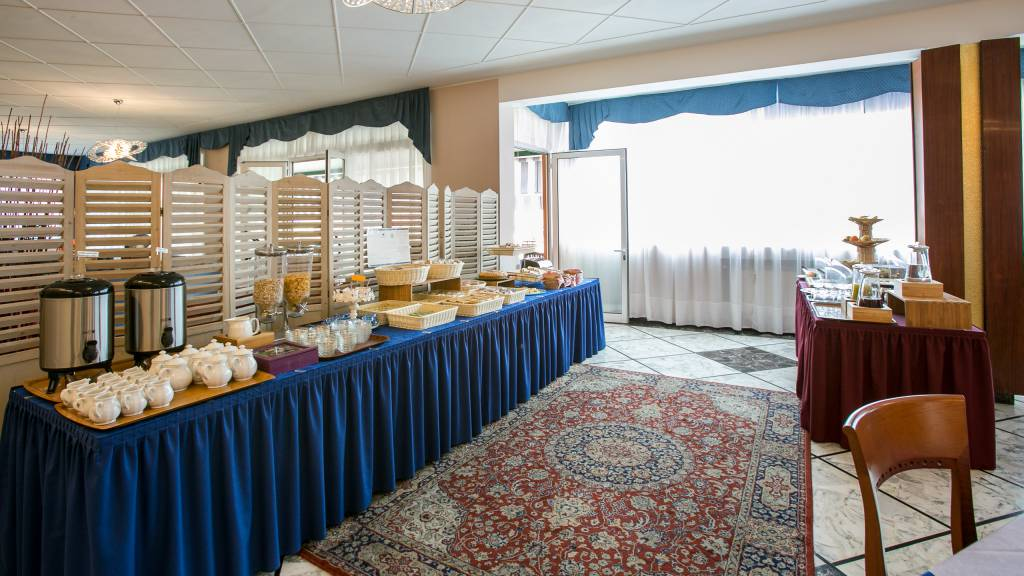 hotel-ariston-imperia-buffet-5