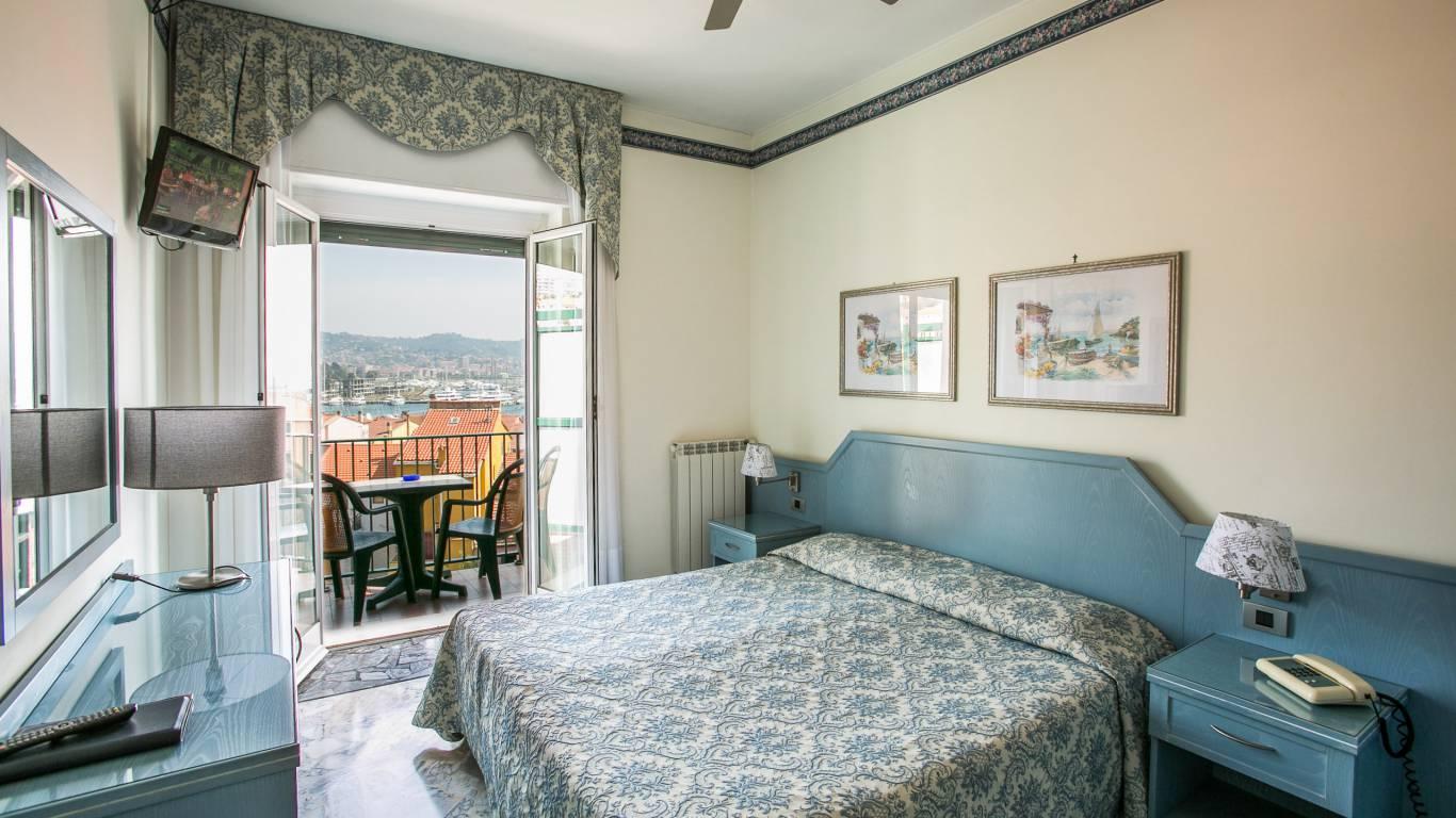 hotel-ariston-imperia-neues-zimmer-ansicht-2