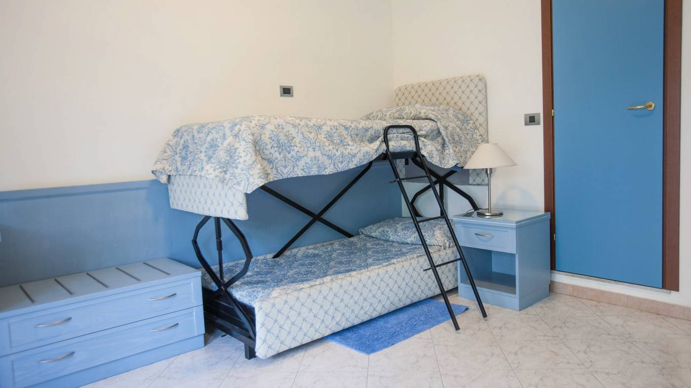 hotel-ariston-imperia-family-room-6