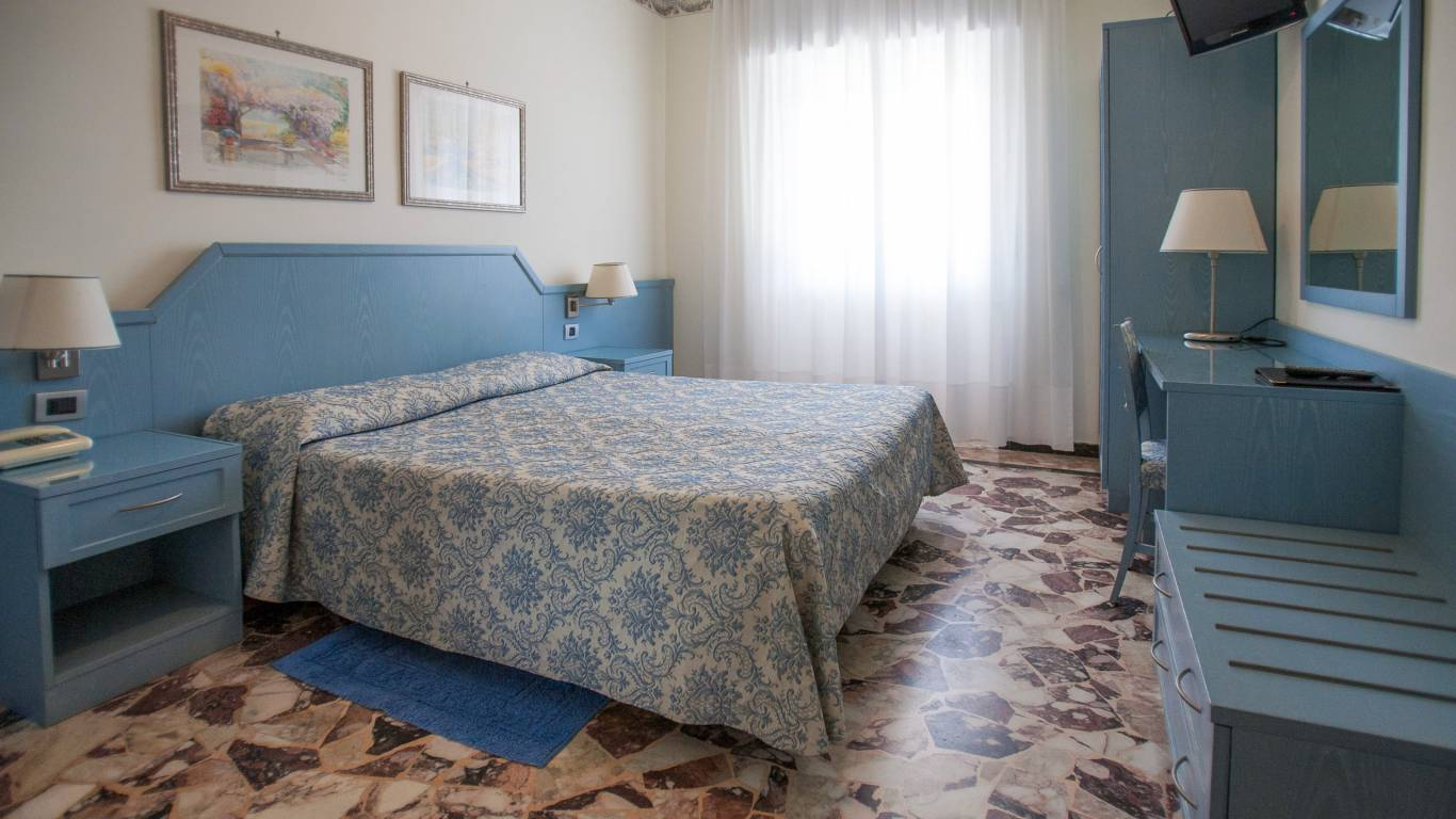 hotel-ariston-imperia-doppia-economy-2