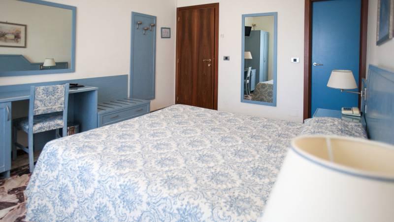 hotel-ariston-imperia-economy-doppelbettzimmer-1