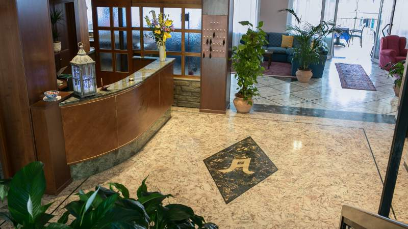 hotel-ariston-imperia-neue-halle-1